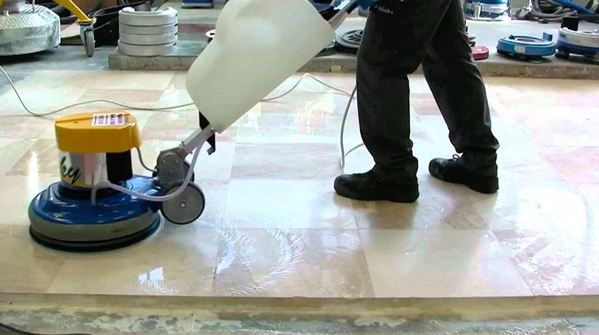 Pulido, rebaje y abrillantado de suelos y pavimentos