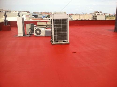 Revisión y tratamiento impermeabilizante para tejados