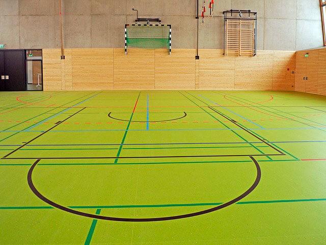 pavimento pista deportiva multiusos