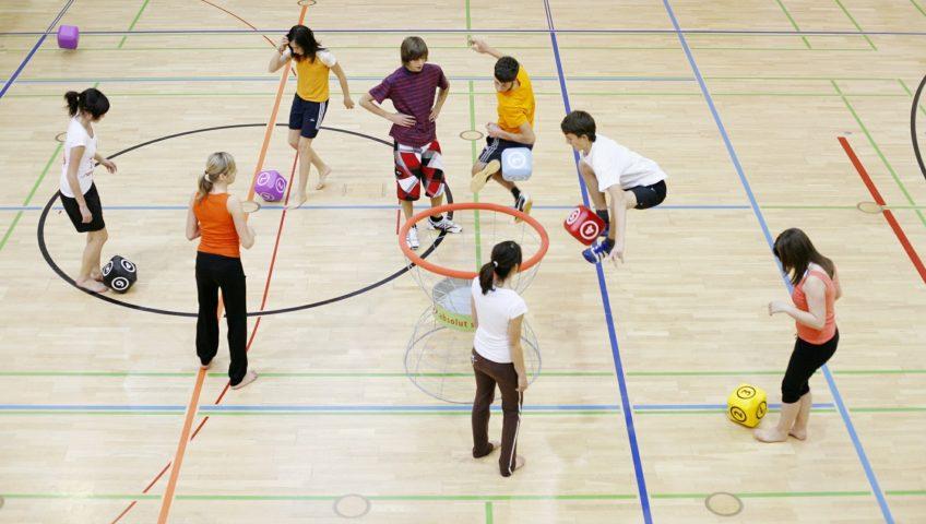 pavimentación de pistas deportivas de escuelas en Barcelona