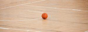 suelo de la pista de baloncesto